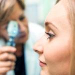Como a perda da visão periférica pode ser um sinal da coroideremia?